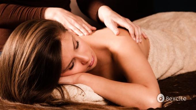 Celebr8 Jan] RM30 for 1 5-Hour Lymphatic Massage Treatment